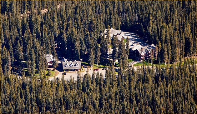 Aerial Photo of Paradise Lodge & Bungalows